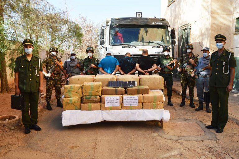 Saisie de près de 10 quintaux de kif traité à Naâma