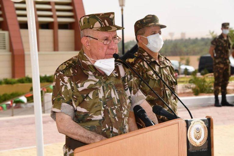 Chanegriha installe le général-major Omar Tlemsani à la tête de la IVe Région militaire(Vidéo)