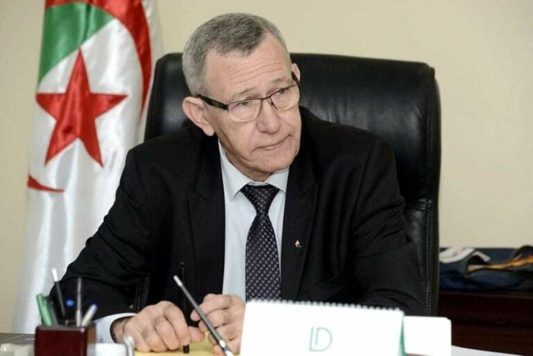 Révision des lois régissant le secteur de la communication : Belhimer veut un rapport avant le 5 août