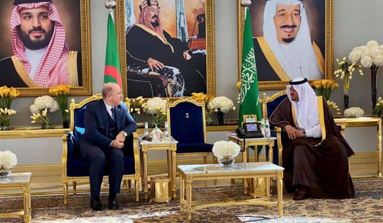 Il participe au Sommet du Moyen-Orient vert : Arrivée du Premier ministre en Arabie Saoudite.