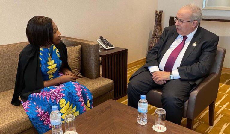 A Kigali, Ramtane Lamamra s'entretient avec la ministre centrafricaine des Affaires étrangères